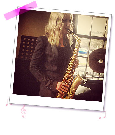 Sister Sax photo 3 - Holly